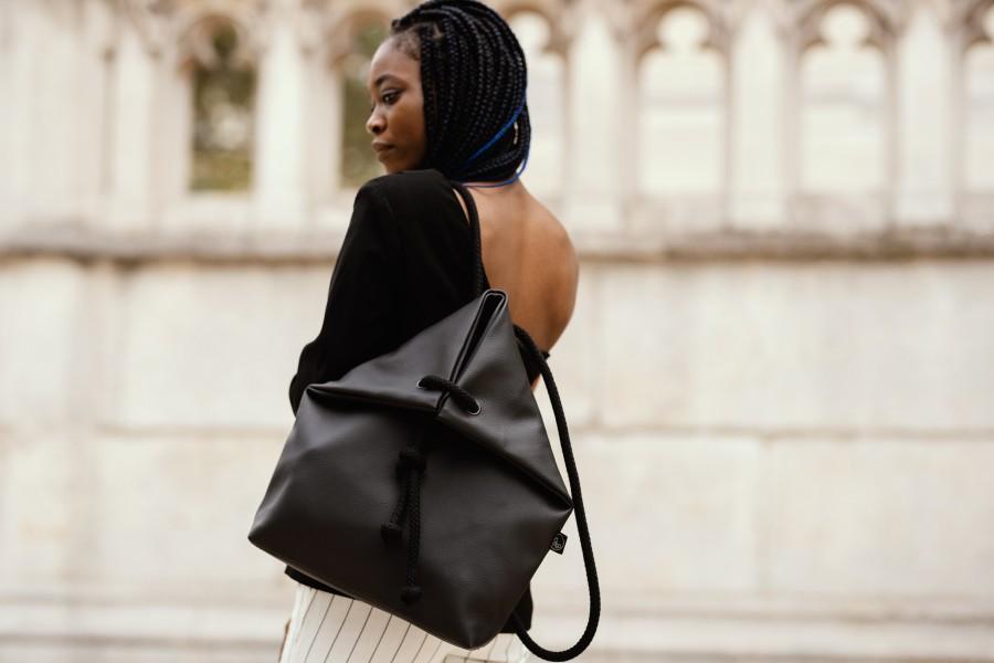 BLACK BAG-BACKPACK