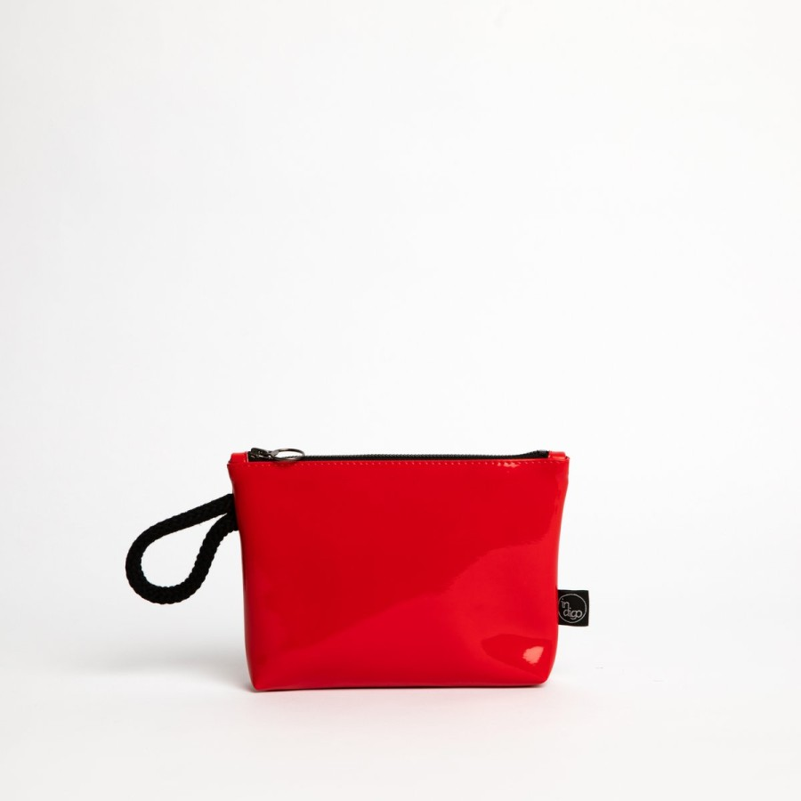 RED LACK CLUTCH BAG