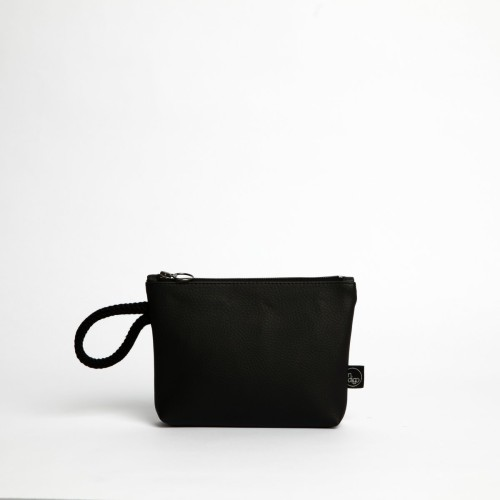 BLACK CLASSIC CLUTCH BAG