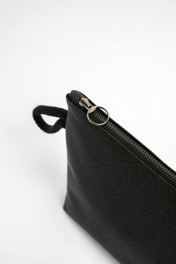 BLACK RAJA CLUTCH BAG